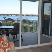 BAY Side, Great Views - Great Family Enjoyment With New Appliances