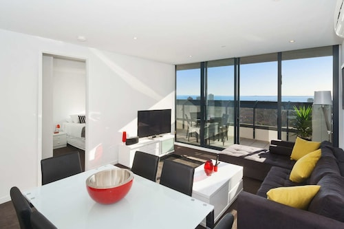 Executive Bay Views St Kilda