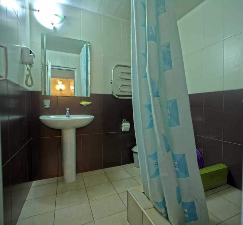 Bathroom, GK ORESHNIK