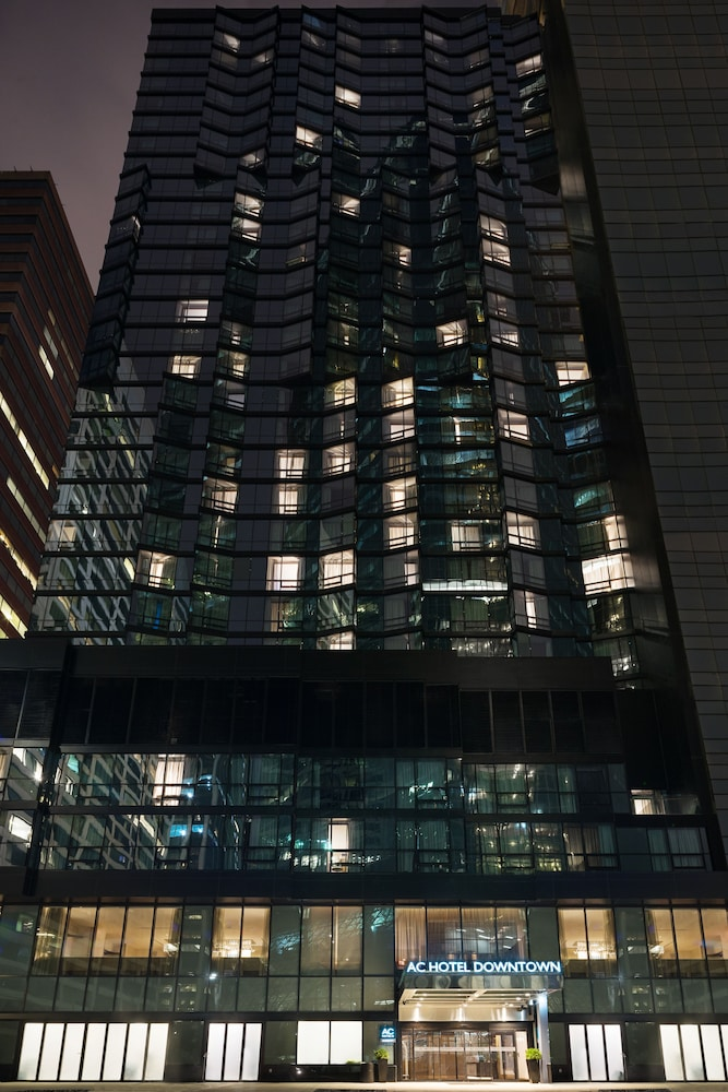 Front of Property - Evening/Night, AC Hotel by Marriott New York Downtown
