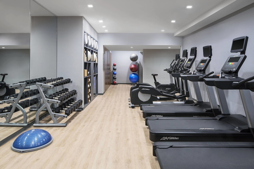Fitness Facility, AC Hotel by Marriott New York Downtown
