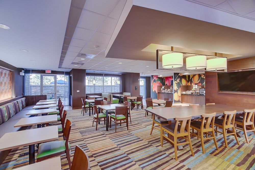 Restaurant, Fairfield Inn & Suites by Marriott Wichita East