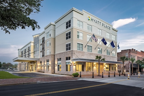 Hyatt Place Sumter / Downtown