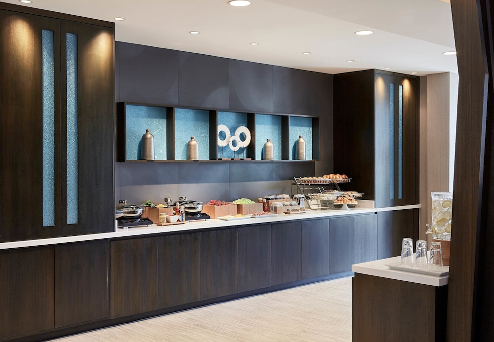 Breakfast Area, SpringHill Suites by Marriott Albuquerque North/Journal Center