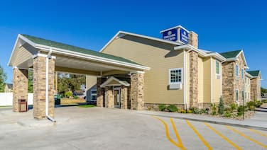 Cobblestone Inn & Suites - Bridgeport