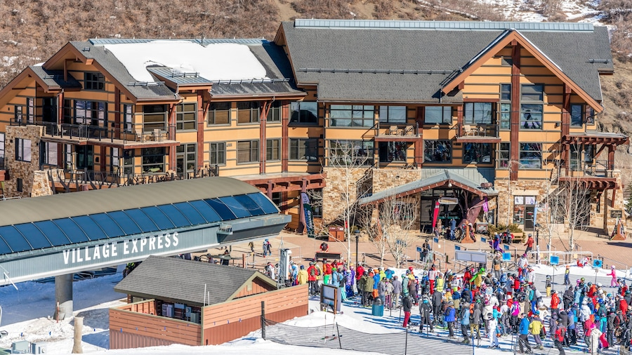 Hayden Lodge by Snowmass Mountain