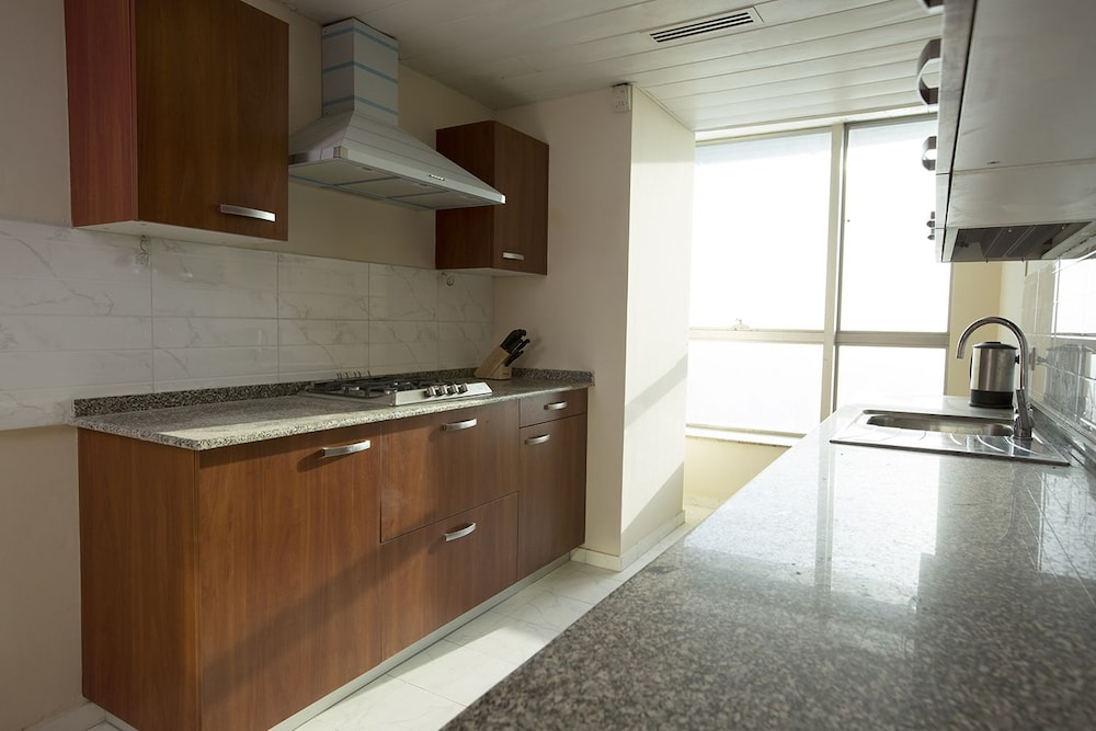 Private Kitchen, The Centaurus Serviced Apartments