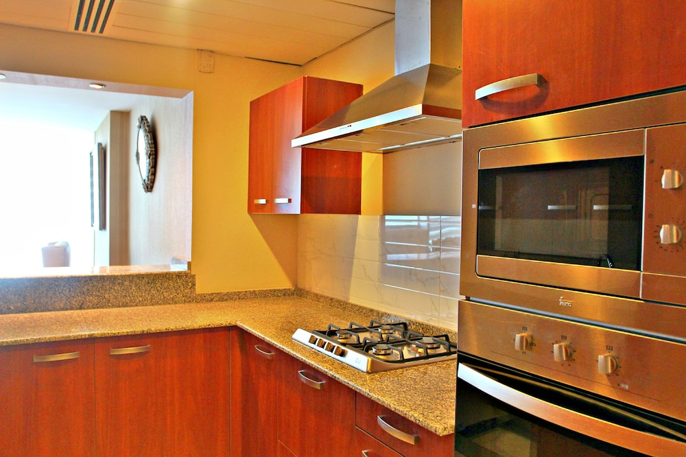 Shared Kitchen, The Centaurus Serviced Apartments