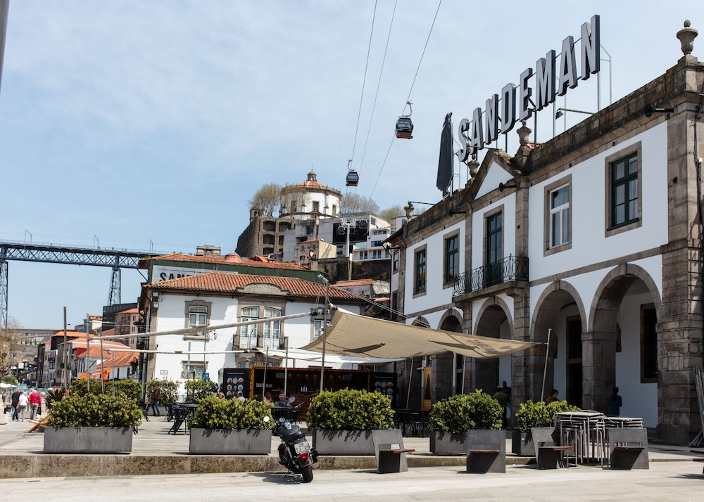 The House Of Sandeman Hostel Suites In Porto Hotel Rates