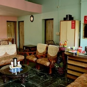 OYO 2316 Home Stay Hotel Forest Eco