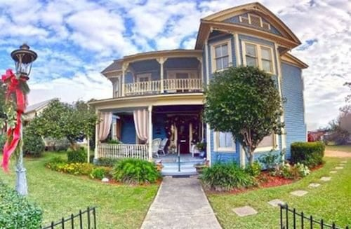 Swann Hotel Bed & Breakfast