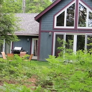 Your Maine Lakefront Vacation, Swim, Canoe, Fish, - Great for Families