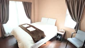 Premium bedding, iron/ironing board, free WiFi