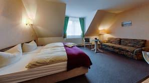 Premium bedding, desk, free WiFi, wheelchair access