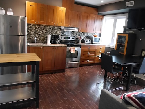 Check Expedia for Availability of Amazing Reno 2BR Apartment