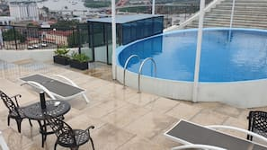 Seasonal outdoor pool, open 6:30 AM to 9:00 PM, sun loungers