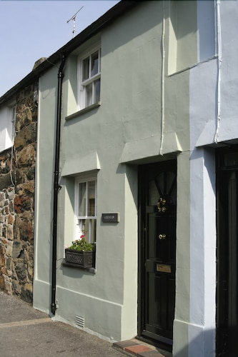 Listed Miners Cottage Snowdonia National Park
