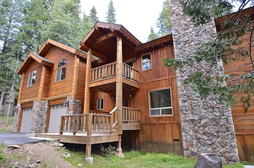 Check Expedia for Availability of Littleridge Lodge Apartment 5