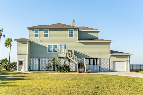 Great Place to stay Paradise on the Bay Apartment 4 near Galveston