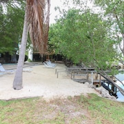 Key Largo Getaway Apartment 3
