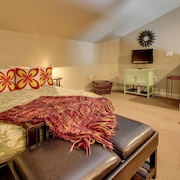 Luxury at Lakeway Resort, Spa & Marina Apartment 2
