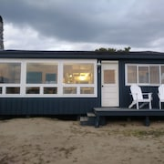 Driftwood Oceanfront Cottage at Popham Beach Spectacular Views From Every Room