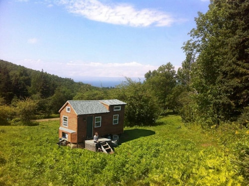 Great Place to stay Tiny House With Private Sandy Beach And Waterfall Close To Inverness near Inverness