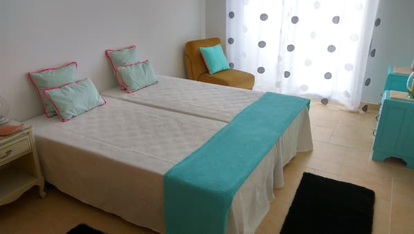 3 bedrooms, iron/ironing board, cribs/infant beds, WiFi