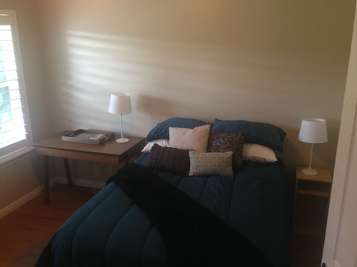 Great Place to stay Near Downtown Private Room near Salt Lake City