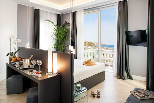 Sanremo Luxury Suites