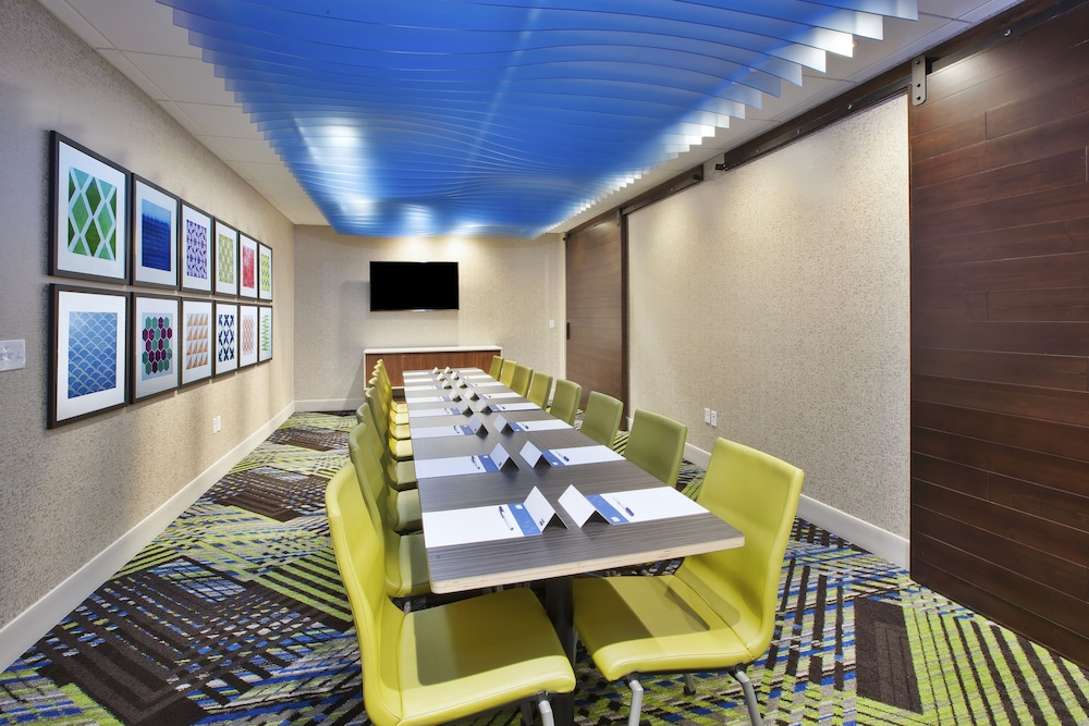 Meeting Facility, Holiday Inn Express Grand Rapids Airport North