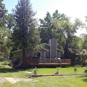 Pet Friendly & Comfortable Cottage/cabin In Grand Marais