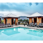 Upscale Resort Stay! Private+peaceful on Creekside!
