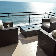 Brand new 9th Floor Beach/oceanfront Condo in Beutiful Mazatlan