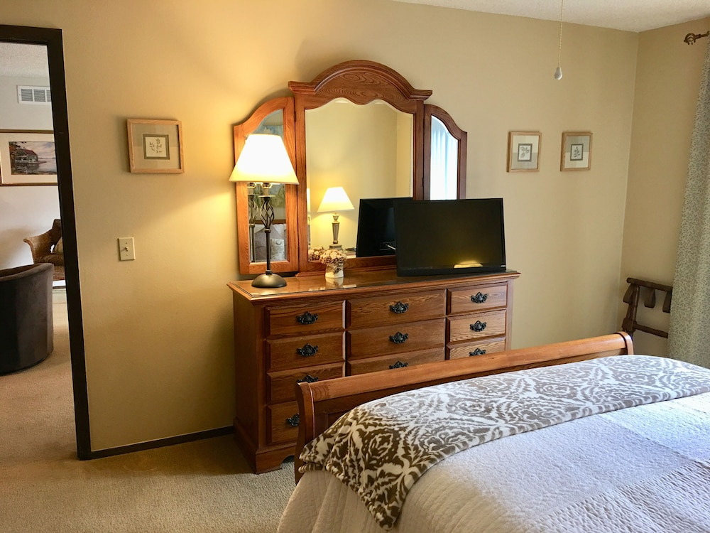 Room, One of Nwarkansas Travel Guides Top 10 Best Vacation Rentals in Bella Vista, AR