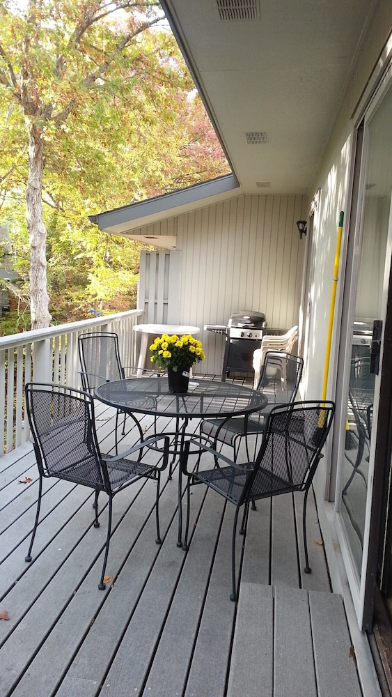 Terrace/Patio, One of Nwarkansas Travel Guides Top 10 Best Vacation Rentals in Bella Vista, AR