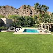Secluded One-acre Mountain View Retreat - Great Location in La Quinta
