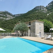 Spacious House in Picturesque Sumène, Languedoc-roussillon, With Pool Access and Garden