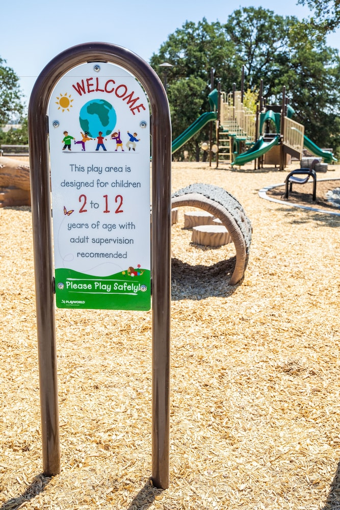 Children's Play Area - Outdoor, Cava Robles RV Resort