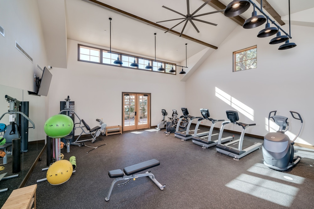 Gym, Cava Robles RV Resort
