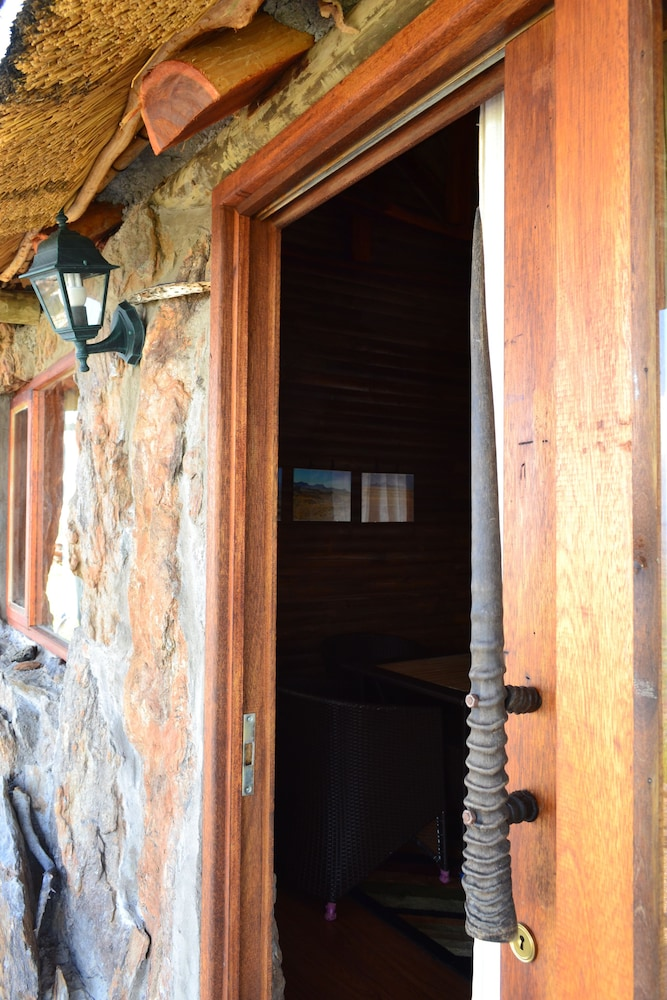 Property Entrance, Namib's Valley Lodge