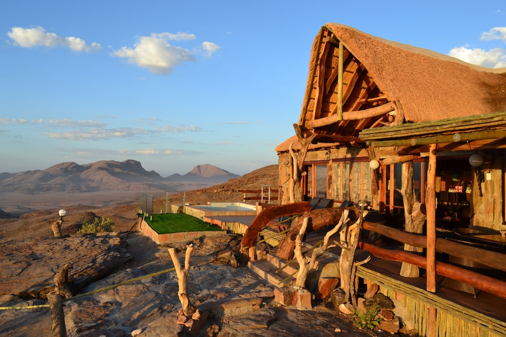 Mountain View, Namib's Valley Lodge