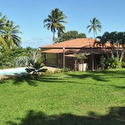 Chalet With one Bedroom in Camaçari, With Pool Access, Furnished Garden and Wifi - 2 km From the Beach