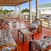 Sea-view Apartment 100m From Amborovy Beach, Madagascar, With Scenic Terrace, Garden & Wifi