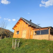 Enchanting Chalet Near the Lot River, Midi-pyrénées, With Heating, Bbq, Terrace and Mountain Views