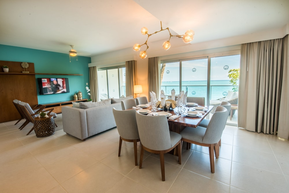 In-Room Dining, Presidential Suites Lifestyle Cabarete - All Inclusive