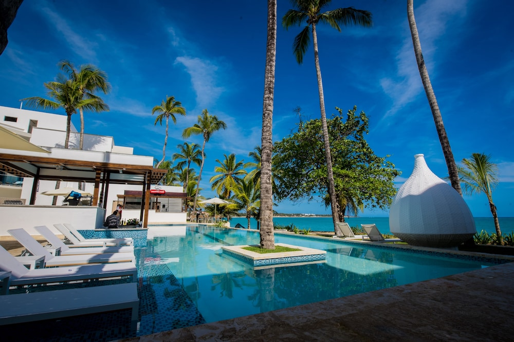 Outdoor Pool, Presidential Suites Lifestyle Cabarete - All Inclusive