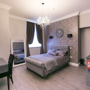 Number 10 The Abbey - Castle Acre Apartment