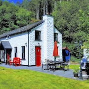 Distinguished, Charming and Comfortable Cottage, Glenbeigh, Ring of Kerry, Wifi