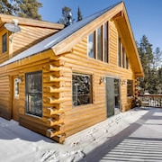 Snowy River Retreat 3 Bedrooms 2 Bathrooms Cabin